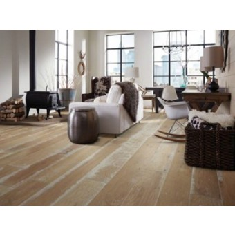 Shaw Landmark Hickory Hardwood Floor
